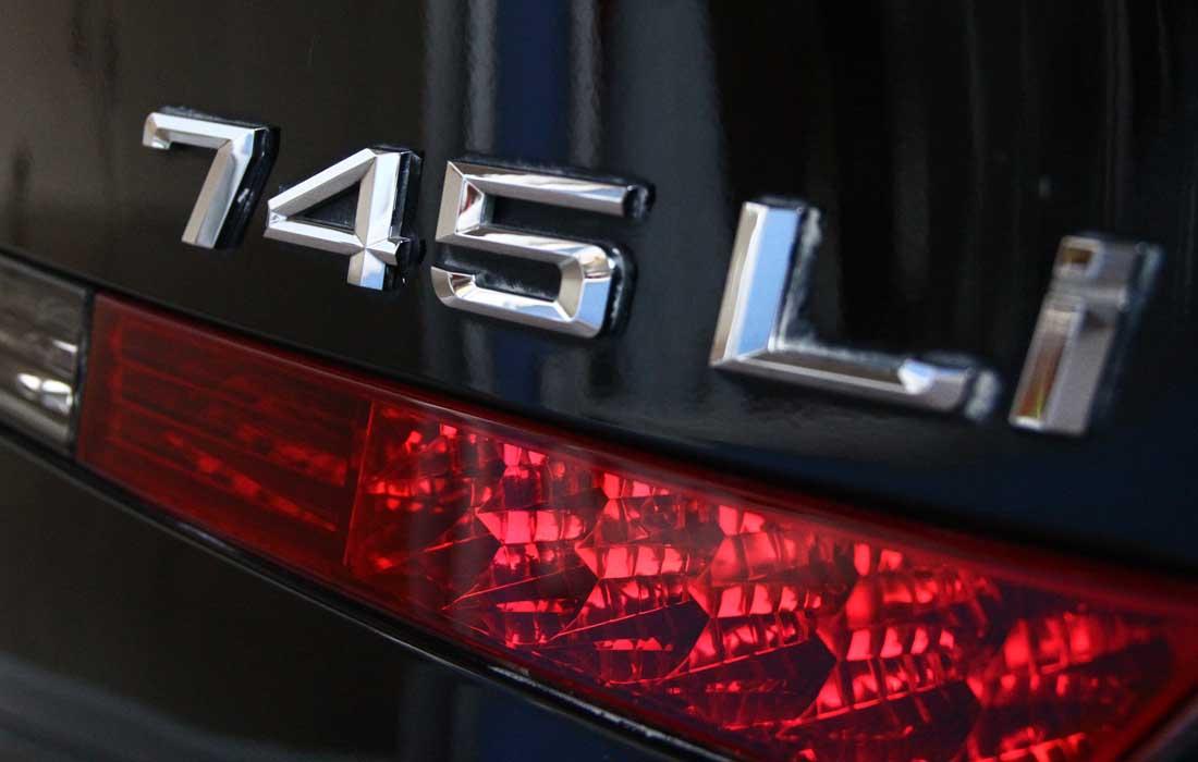 BMW745III05